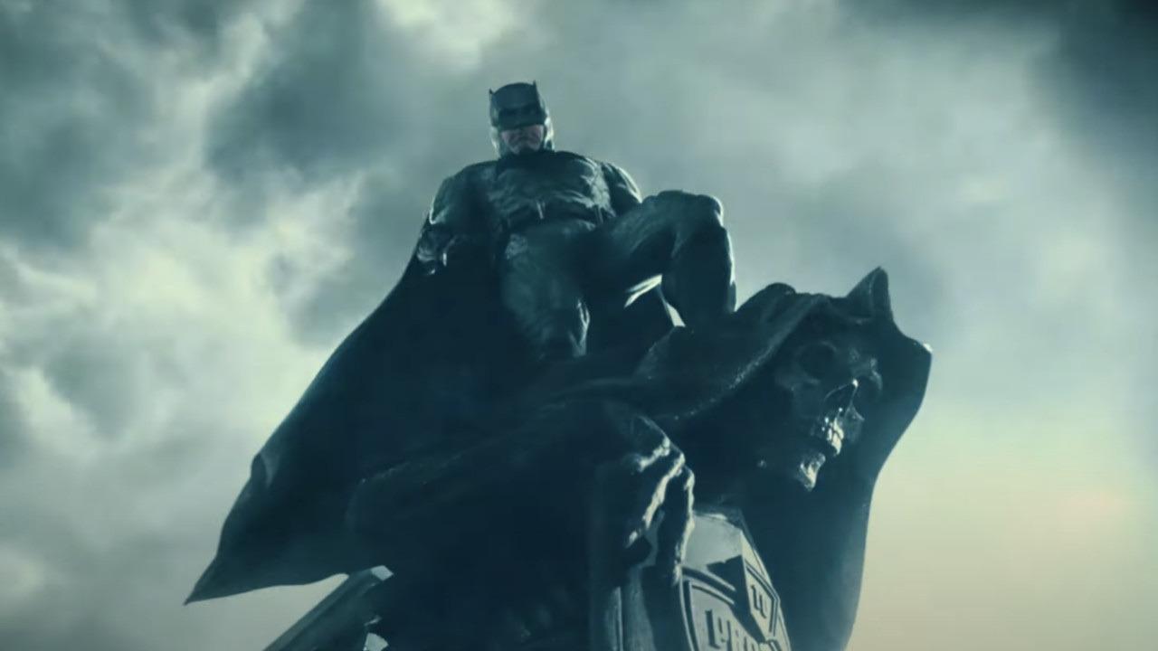 Batman in Zack Snyder's Justice League. Leggi la recensione di cinemando del cinecomic DC con Ben Affleck, Henry Cavill e Gal Gadot.